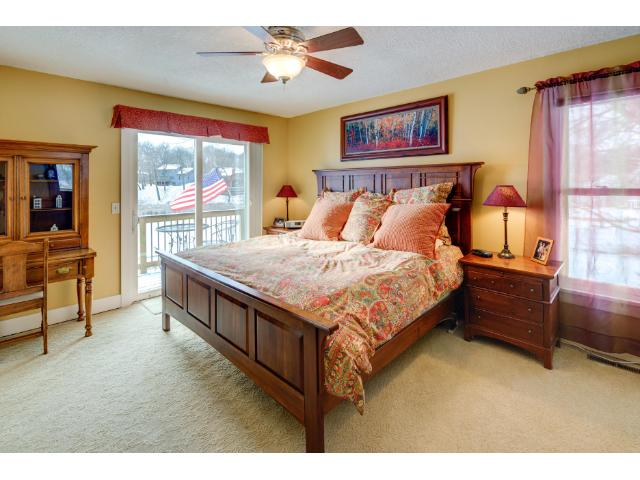 1772 Lafayette Lane, Mound, MNThe spacious master bedroom with stunning lake views and a walk-in closet.